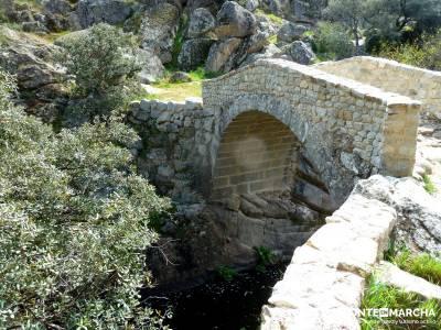 Molinos Río Perales; lagunas de gredos; senderismo singles;tarjeta federativa de montaña